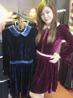 Ảnh số 51: Váy nhung xòe - Giá: 395.000