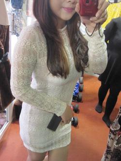 ?nh s? 60: Váy ren - Giá: 565.000