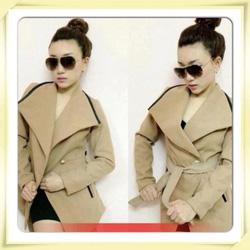 Ảnh số 1: áo khoác màu be,vạt xéo (đã bán) - Giá: 350.000