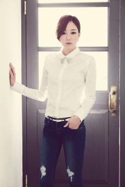 Ảnh số 13: áo sơ mi trắng công sở - Giá: 210.000