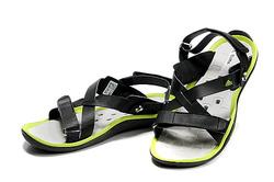 Ảnh số 68: Sandals Adidas water grif viền xanh - Giá: 750.000