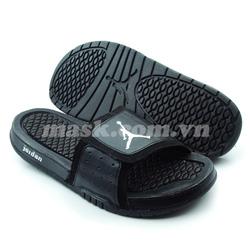 Ảnh số 77: Nike Air Jordan đen - Giá: 750.000