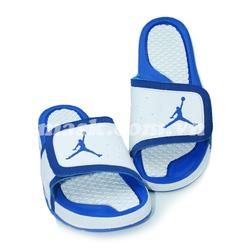 Ảnh số 84: Nike Air Jordan trắng xanh - Giá: 750.000