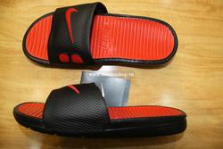 Ảnh số 54: Nike Benassi Solarsoft Slide - Giá: 750.000