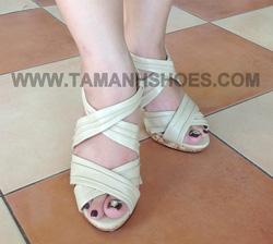 Ảnh số 3: Sandal cao gót Việt Nam CafèNoir X59 màu nude đủ size 35 đến 38 - Giá: 224.000