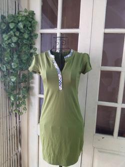 Ảnh số 48: Váy thun Burberry ngắn tay, free size, chất dày dặn, cúc ngực - 150k - Giá: 150.000