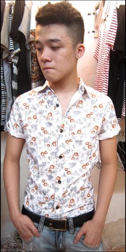 Ảnh số 76: áo sơ mi cộc tay - Giá: 170.000