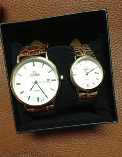 Ảnh số 27: đồng hồ đôi - Giá: 180.000
