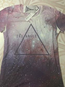?nh s? 5: T-shirt Galaxy - Giá: 180.000