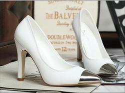 Ảnh số 25: Giày cao gót model 2013  GCG025 - Giá: 550.000