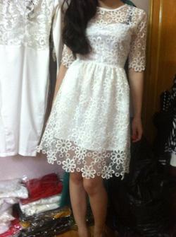 Ảnh số 23: Váy ren xoè - Giá: 550.000