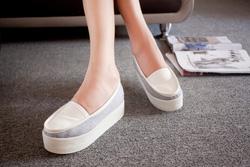 Ảnh số 11: Giày bánh mì 2013 - Giá: 320.000