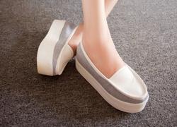 Ảnh số 17: Giày bánh mì 2013 - Giá: 320.000
