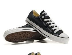 Ảnh số 1: Converse Đen Classic Thấp cổ size từ 36 đến 43 - Giá: 200.000