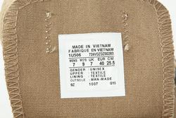 Ảnh số 95: Tem giày Converse Made in Việt Nam - Giá: 100.000