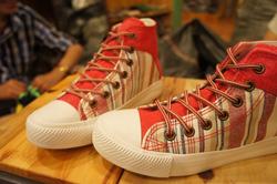 Ảnh số 66: Giày Cao Cổ-29 - Giá: 250.000