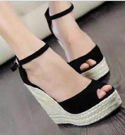 Ảnh số 8: sandal ( co tu size 33 - 40) - Giá: 360.000