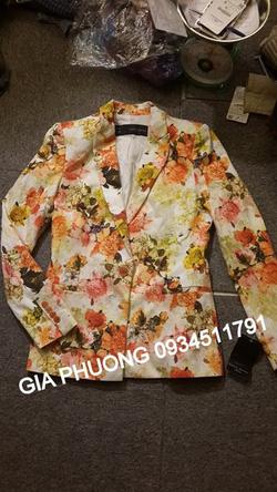 Ảnh số 40: Floral blazer - Giá: 1.150.000