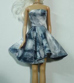 ?nh s? 4: váy xòe họa tiết hoa - Giá: 30.000
