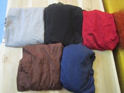 Ảnh số 32: Áo thun dài tay, chất dày dặn, có màu đỏ, đen, ghi, xanh tím than, nâu - 70k - Giá: 70.000