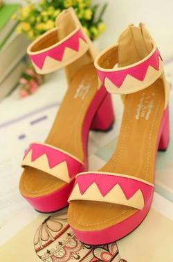 Ảnh số 57: Sandal  có sẵn size 35 - Giá: 320.000
