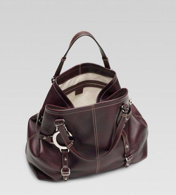 Ảnh số 25: MS 1161 Túi Gucci da dê màu nâu da cực mềm a mới 97% sale đồng giá 9 triệu 9 - Giá: 1.000