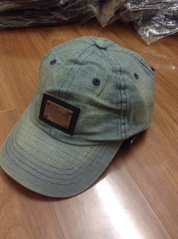 Ảnh số 2: Mũ Bò DolceGabbana - Giá: 250.000