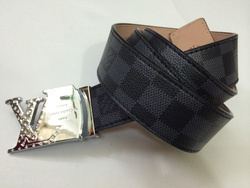 ?nh s? 6: LOUIS VUITTON giá : 350k - Giá: 3.500