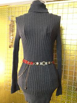 Ảnh số 64: Váy len cao cổ, freesize, màu ghi dài tay - 150k - Giá: 150.000
