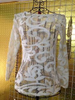 Ảnh số 70: Áo ren trắng nửa kín nửa hở, cực sexy, dài tay - 100k - Giá: 100.000