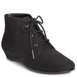 ?nh s? 6: Aerosoles size5.5, 6 , 6.5, 7, 8  Giày cao cổ màu đen da lộn  Buộc dây ốm khít cổ chân , đế liền cao 4cm - Giá: 1.800.000