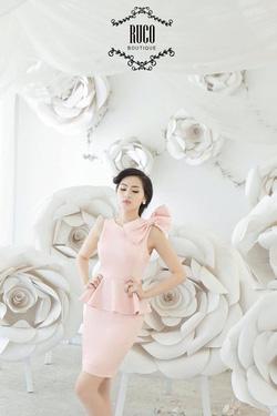 Ảnh số 51: Váy pelumntrawngs nơ vai - Giá: 450.000