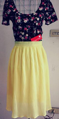 Ảnh số 91: Chân váy midi dập li 2 lớp - Giá: 300.000