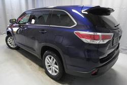 ?nh s? 10: Toyota Highlander 2014 - Giá: 2.340.000.000