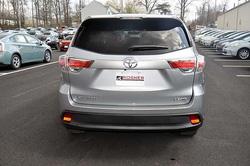 ?nh s? 14: Toyota Highlander 2014 - Giá: 2.340.000.000