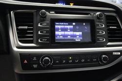 ?nh s? 25: Toyota Highlander 2014 - Giá: 2.340.000.000