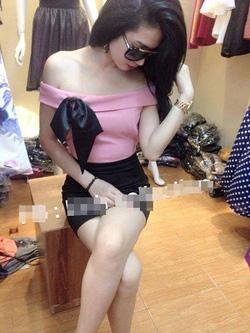 Ảnh số 13: Đầm hồng chân đen nơ ngực giá: 350k size s ,m - Giá: 350.000