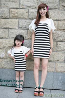 Ảnh số 9: Váy đôi cho mẹ và bé - Giá: 680.000