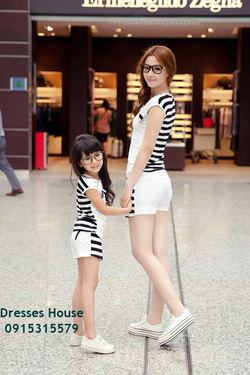 Ảnh số 22: Váy đôi cho mẹ và bé - Giá: 650.000