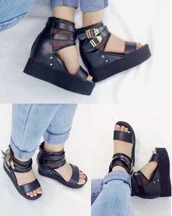 Ảnh số 59: Giày sandals bánh mì quai ngag đế độn- 280k - Giá: 280.000