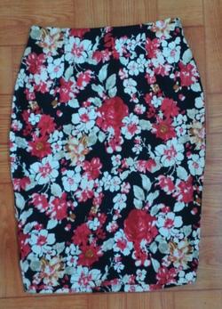 ?nh s? 74: Jupe ôm vải kaki chun - Giá: 250.000