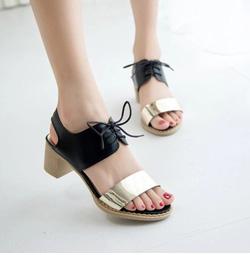 Ảnh số 59: Giày sandals đế gỗ kim loại - Giá: 240.000