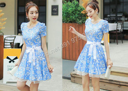 Ảnh số 87: B301: Light Beige, Blue/ 55, 66 - Váy liền xòe ren họa tiết Hàn Quốc - Giá: 1.820.000
