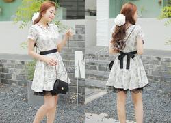 Ảnh số 86: B301: Light Beige, Blue/ 55, 66 - Váy liền xòe ren họa tiết Hàn Quốc - Giá: 1.820.000