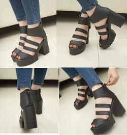 Ảnh số 67: Giày sandals chunky 2 dây ngang - 280k - Giá: 280.000
