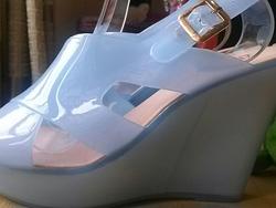 Ảnh số 2: Giày nhựa trong  đế xuồng quai chéo - Giá: 190.000