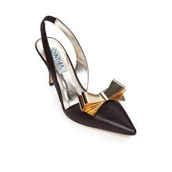 Ảnh số 28: Cynthia size 6.5, 7  Sandals mũi nhọn màu đen, da thật  Mũi giày gắn nơ màu vàng sang trọng  Quai sau chun co giãn, gót cao 8cm - Giá: 2.400.000