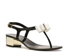Ảnh số 75: Dizzy Womens size 6, 7, 8  Sandals da bóng màu đen, gắn nơ màu nude sang trọng  Gót giày bọc mạ màu gold sang trọng , quai cài sau  Cao 3cm, rửa chân - Giá: 1.200.000