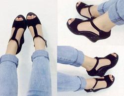 ?nh s? 38: Giày sandals xuồng chữ T đế cao su -250k - Giá: 250.000