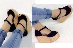 Ảnh số 76: Giày sandals xuồng chữ Y - 260.000VND - Giá: 260.000